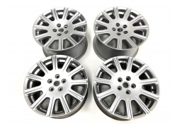 Maserati Quattroporte Wheels Rims Set 18 Zoll 82381300 82381400