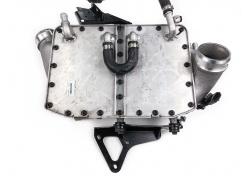 McLaren 650S MP4-12C Wasser Ladeluftkühler Links Water Charge Air Cooler 11F0892CP LH