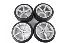 Ferrari 488 Satz Felgen mit Reifen 20 Zoll Wheel Rims Set 318889 318890