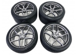 Ferrari F12 set of wheels, rims 20'' diamond cut 294827, 294831